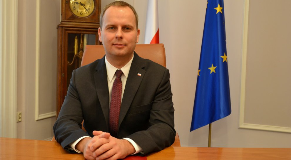 Dolnośląski Urząd Wojewódzki, audyt: Siedem stanowisk dyrektorskich zostanie zlikwidowanych. Zwolnień nie będzie