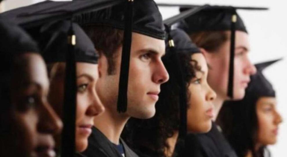 Niemal co ósmy bezrobotny ma dyplom uczelni wyższej