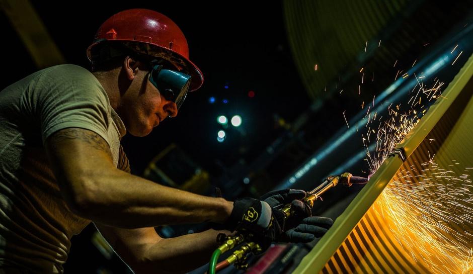 Wykwalifikowani pracownicy fizyczni i inżynierowie. To ich najtrudniej znaleźć w Polsce