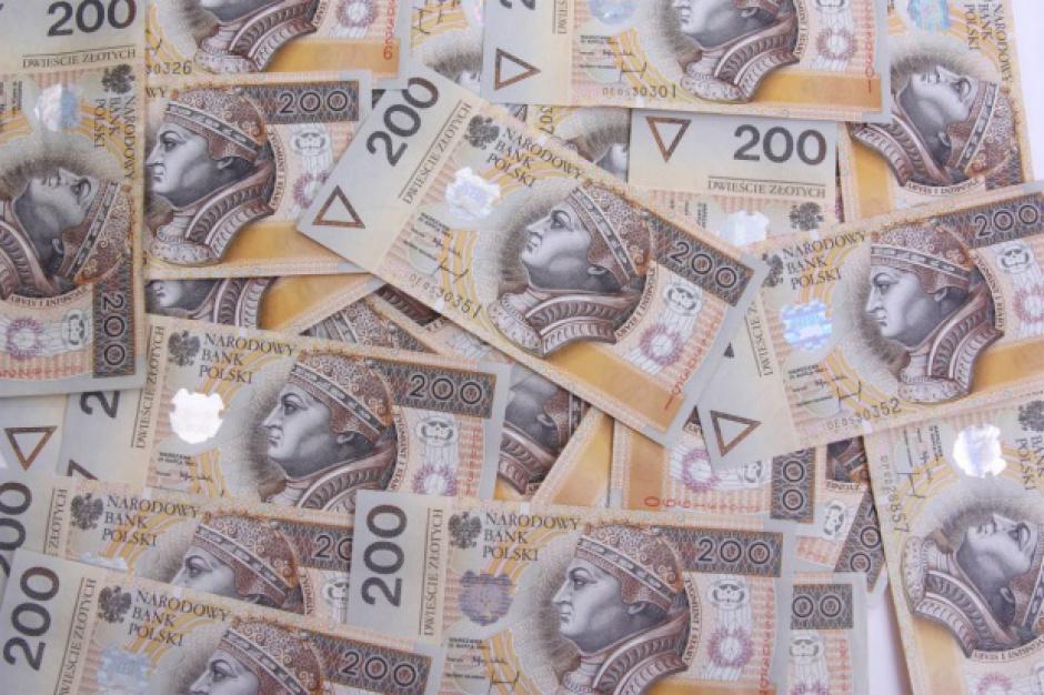 Ministerstwo Rozwoju: Miliard złotych na ośrodki badawczo-rozwojowe w firmach