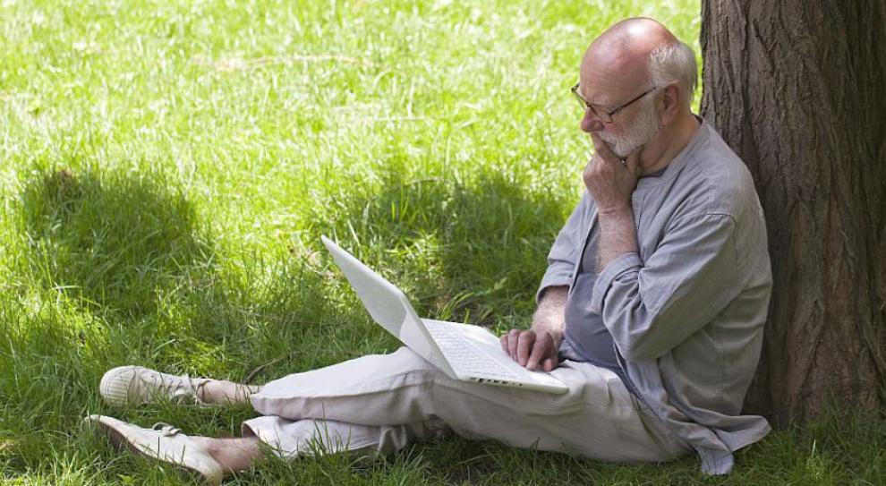 Niższy wiek emerytalny wiąże się z utratą 300 tys. pracowników do 2020 roku