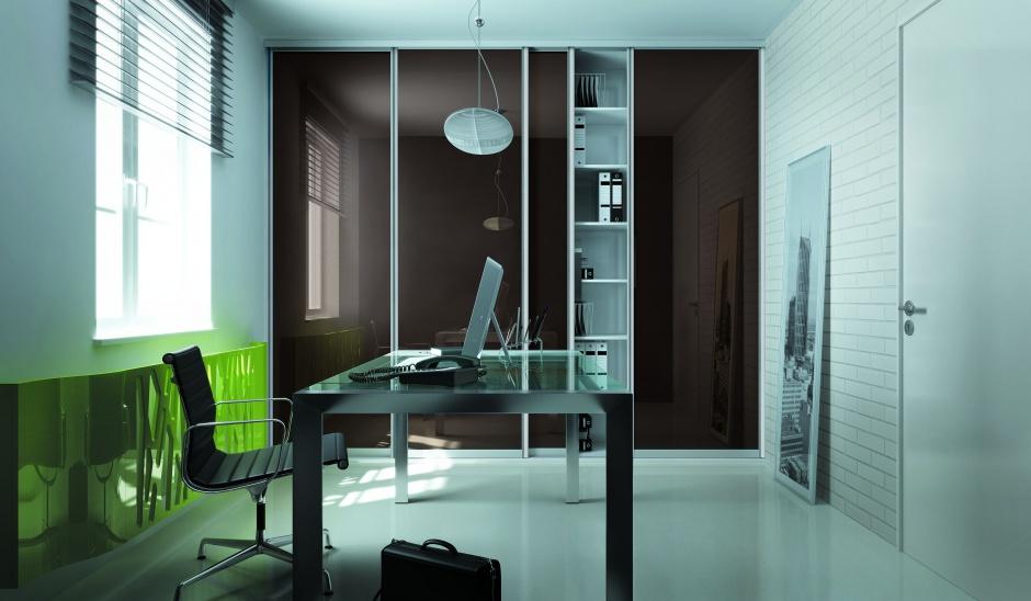 Domowe biuro. Jak zaaranżować miejsce do pracy w małym mieszkaniu?
