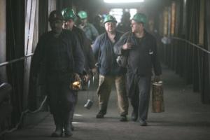 Powstaje innowacyjny system łączności ratowników górniczych.