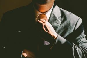 Czy to, w co ubierzemy się na rozmowę o pracę naprawdę jest tak ważne?