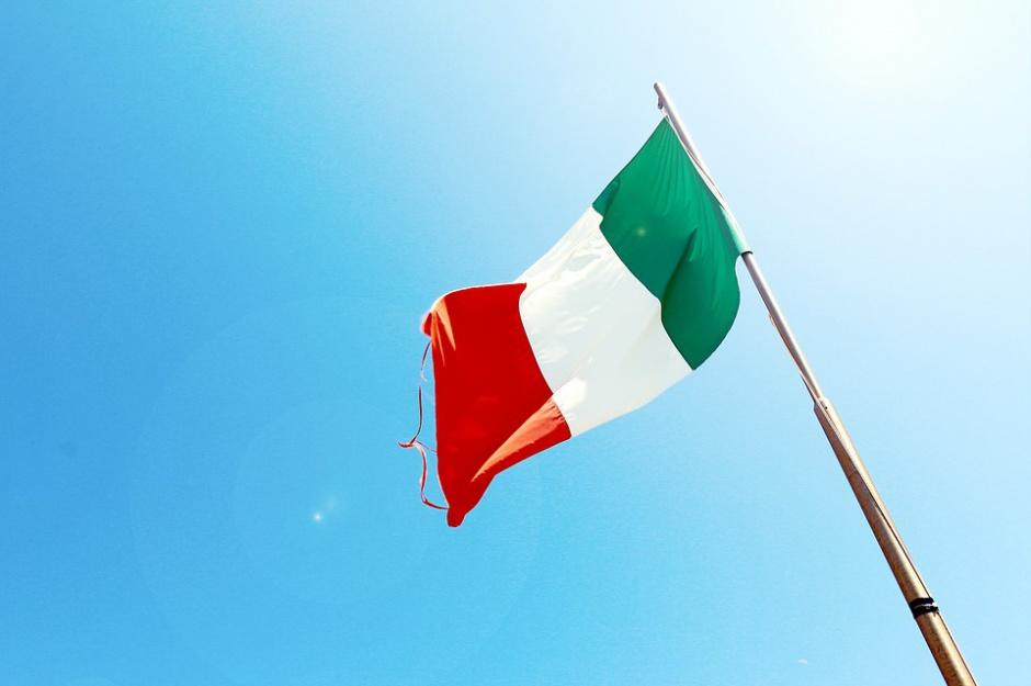 Były prezydent Włoch: parlamentarzyści za mało pracują