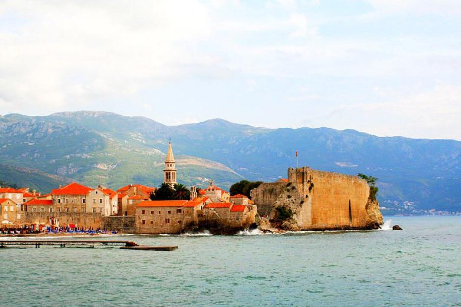 Wakacje za granicą: Albania, Czarnogóra, i Gruzja nowymi urlopowymi hitami