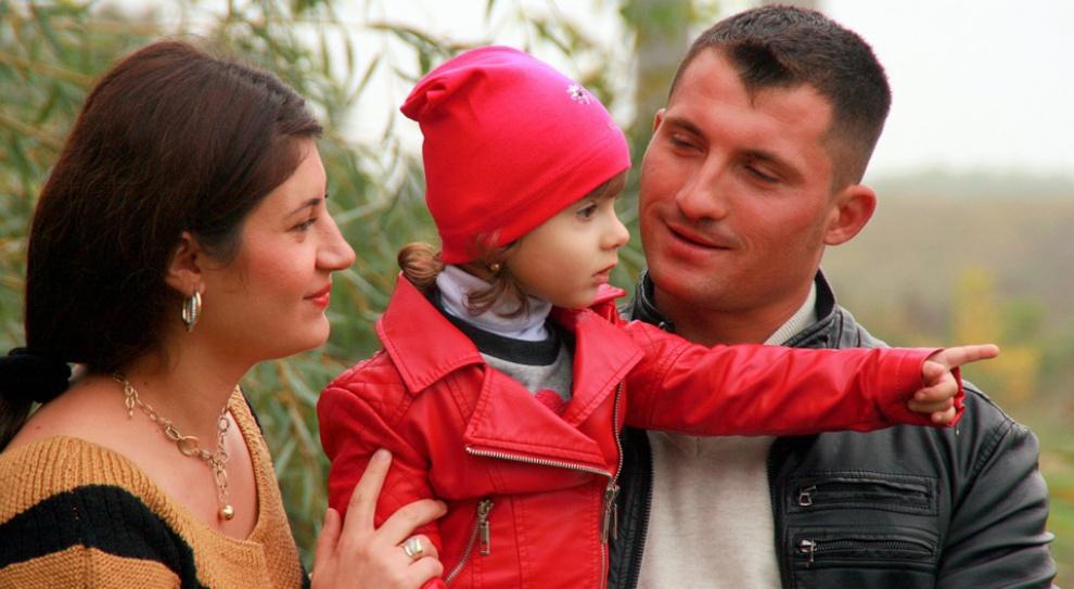 500 zł na dziecko: Program 500+ wpłynie nie tylko na dzietność, ale też dochody rodzin