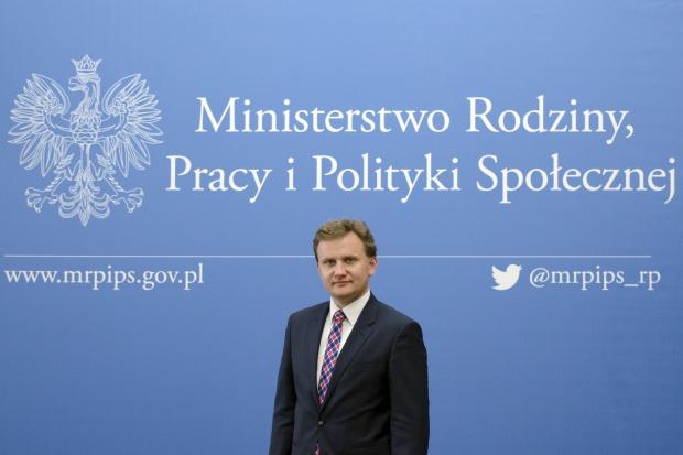 Bartosz Marczuk, podsekretarz stanu w Ministerstwie Rodziny, Pracy i Polityki Społecznej. (fot. mpips.gov.pl)