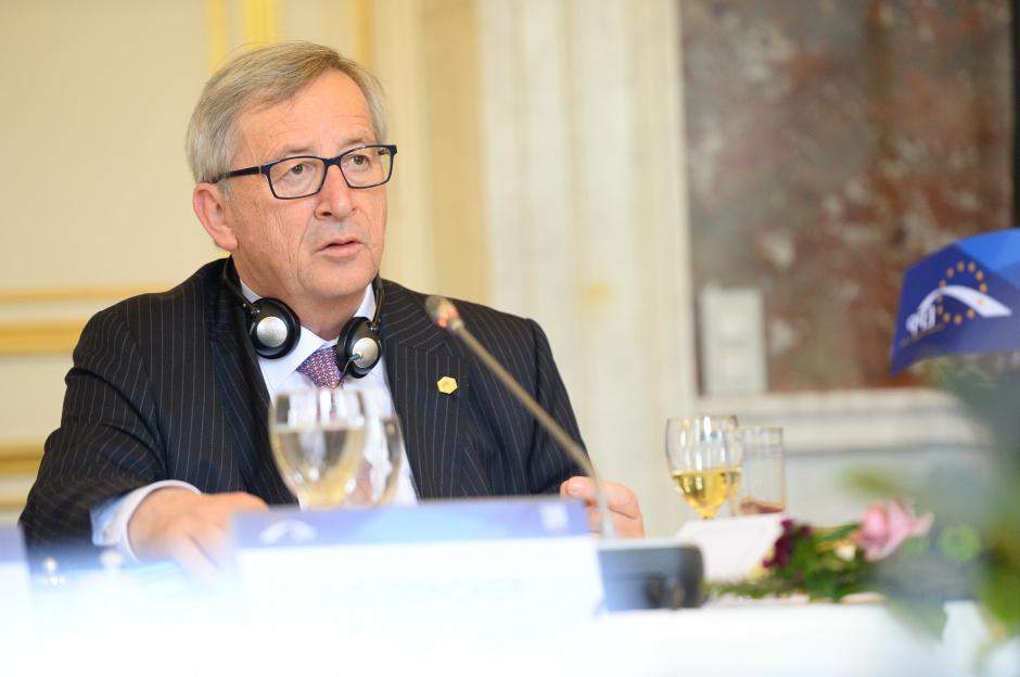 Juncker, szef KE: Są postępy w opanowaniu kryzysu migracyjnego