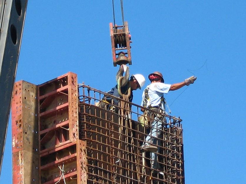 Nawet 270 tys. Ukraińców może pracować w Polsce nielegalnie. ZPP chce zmian