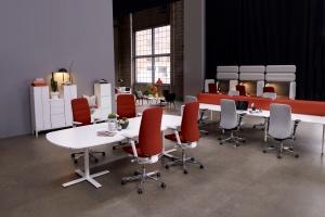 Pracownicy biur chcą mieć wpływ na aranżację miejsca pracy