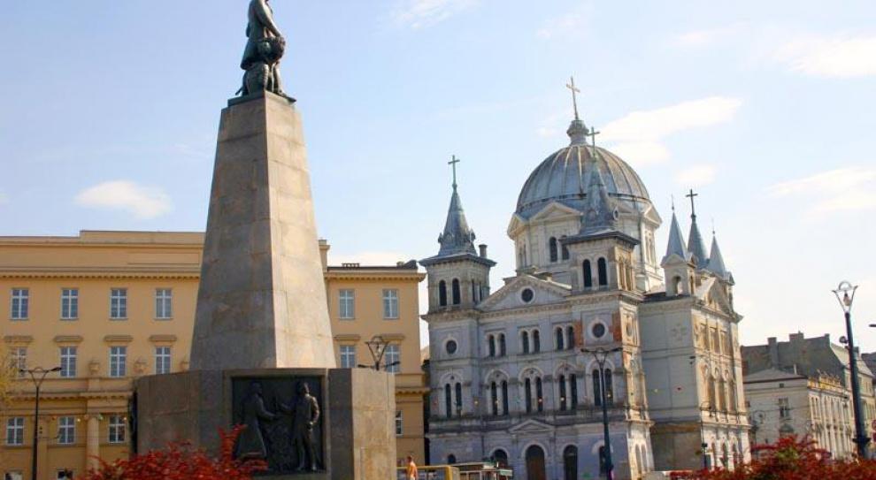Polska coraz bardziej atrakcyjna dla inwestorów. Wyprzedziła Czechy i Węgry