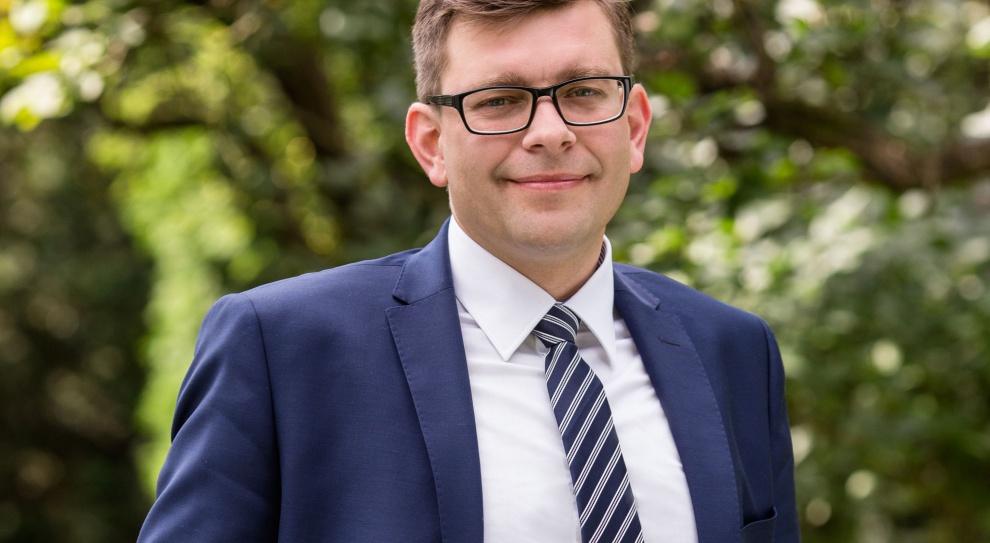 Baczewski: Patologia zaniżania kosztów pracy jest wymuszana przez działanie polityk publicznych