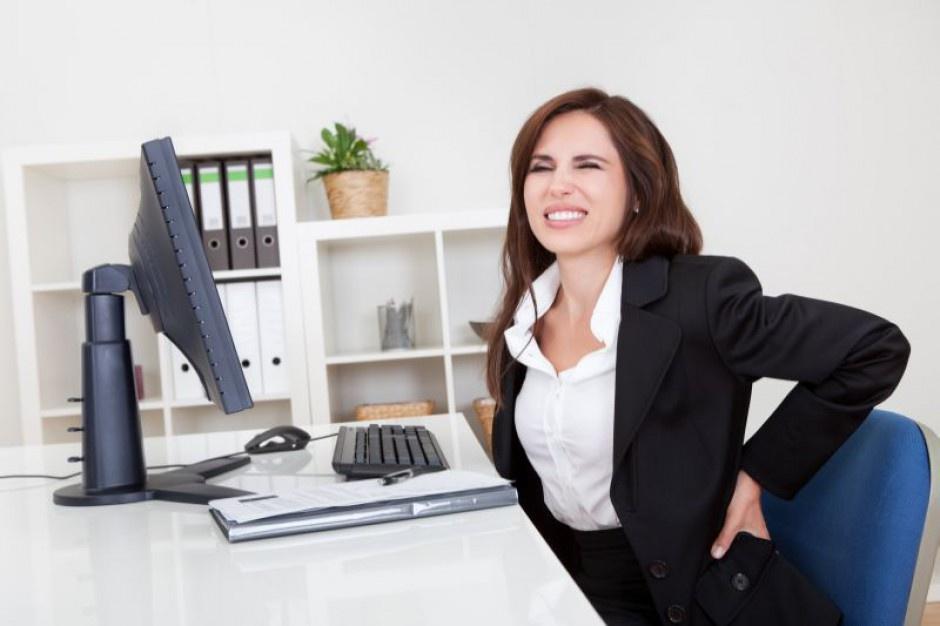 Praca przy biurku zabójcza dla menedżerskiego kręgosłupa