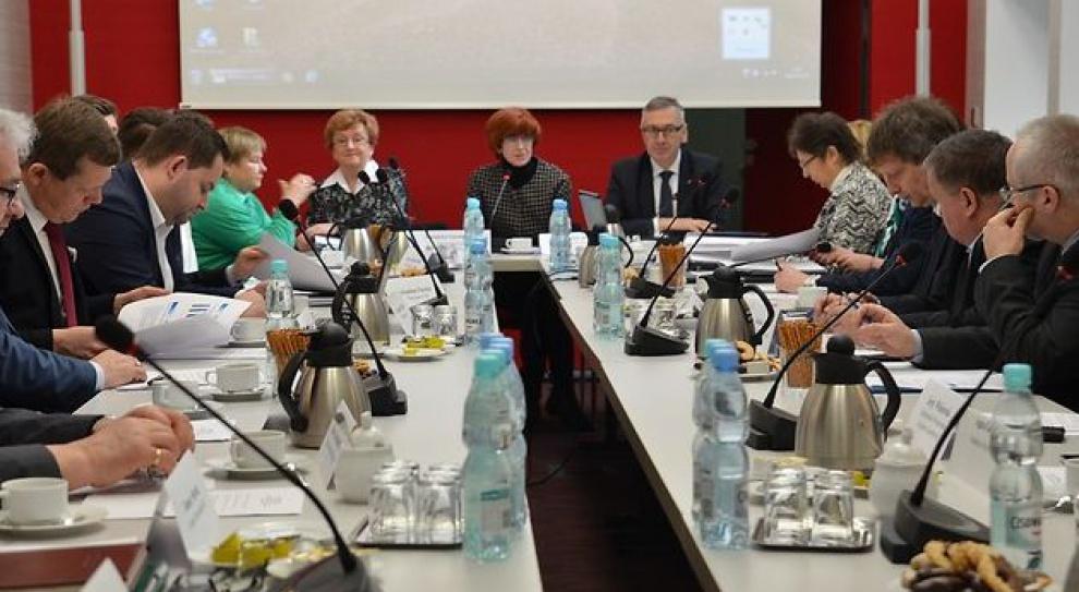 Cudzoziemcy tematem obrad Rady Rynku Pracy. Stanowią tylko 1 proc. polskiego rynku pracy