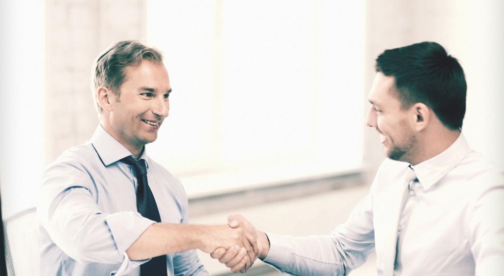 Pracownik odchodzi z firmy. Oto cztery pytania, które warto mu zadać