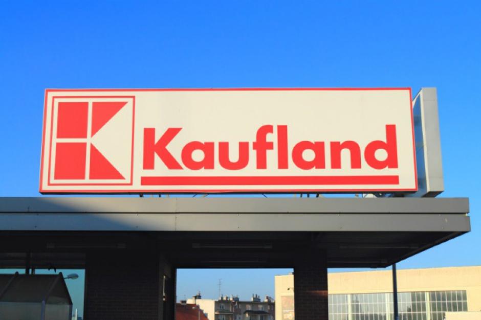 Siedem osób wręczało łapówki pracownikowi sieci Kaufland