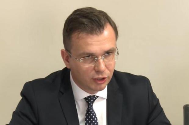 Adam Hamryszczak (fot. Youtube)