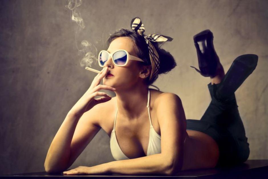 Palący problem dymka w czasie pracy. Pracodawcy walczą z nałogiem pracowników