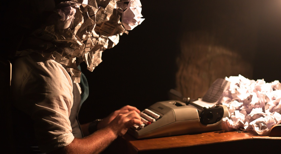 Międzynarodowy Dzień Pisarzy. Zarabiają mniej niż sprzątaczki