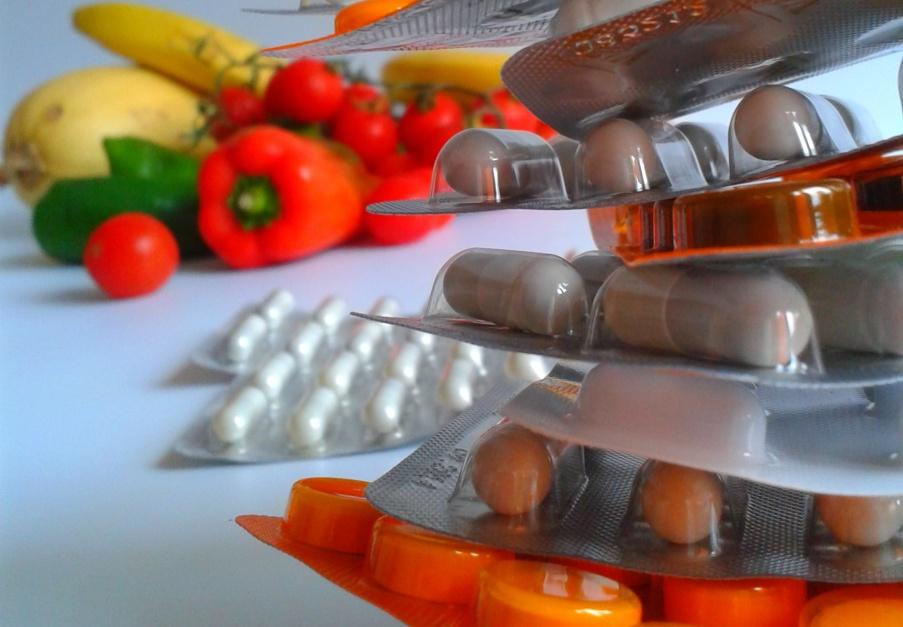 Lekarze będą mieć zakaz reklamowania suplementów diety? NRL apeluje do ministerstwa