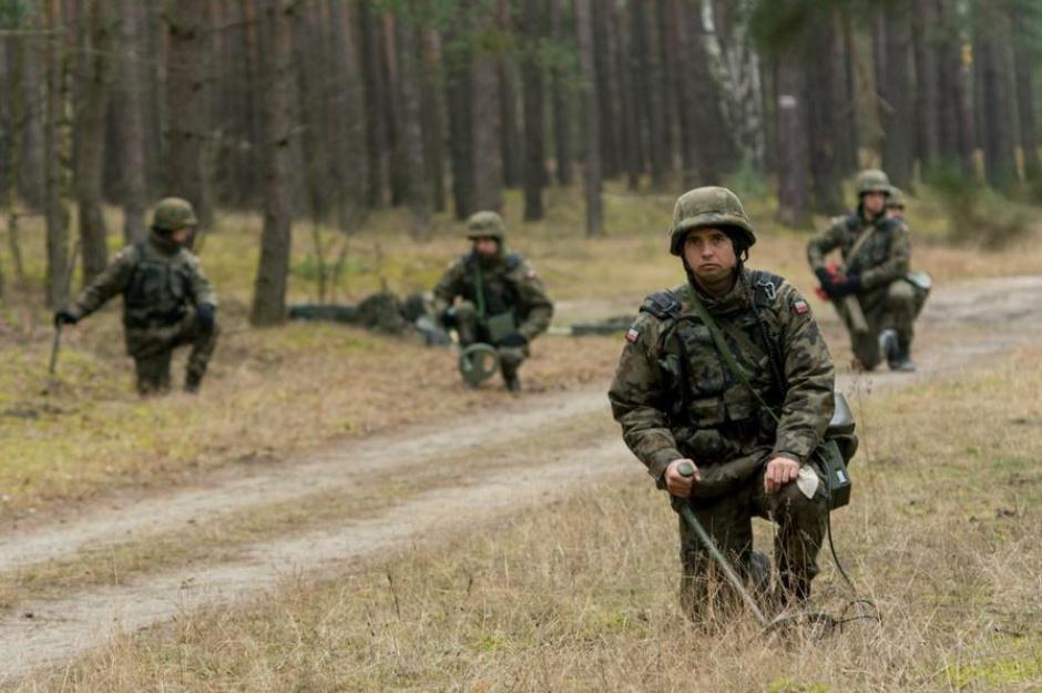 Ustawa o służbie wojskowej: Żołnierze na kontraktach będą mogli służyć dłużej