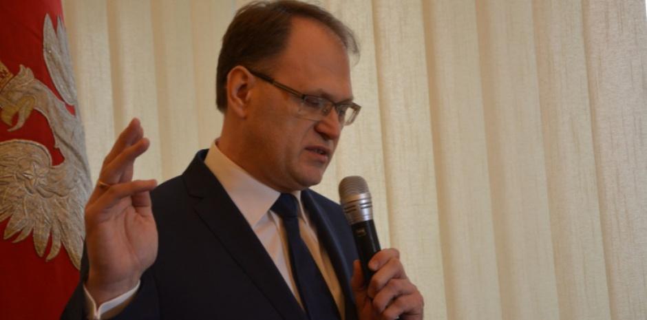Ferenc: Niskopłatne miejsca pracy to główny problem naszego rynku pracy