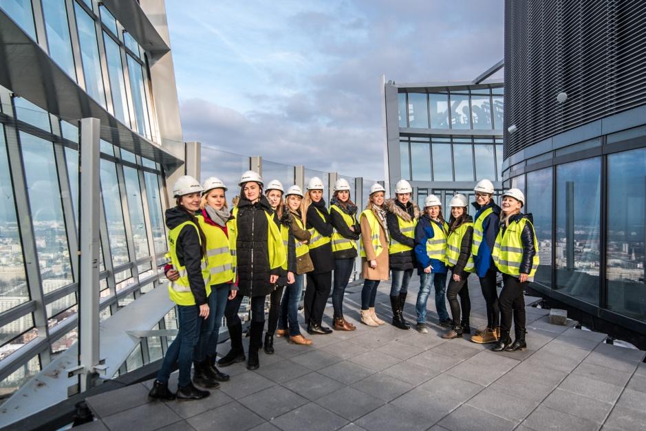 Dzień kobiet na budowie Warsaw Spire (fot.propertynews.pl)