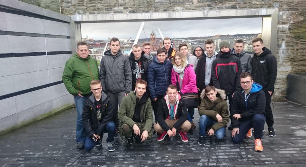 Internetowa aplikacja dla bezrobotnych. Tworzą ją polscy uczniowie