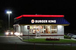 Onanista z Burger Kinga skazany. Obciążyły go zeznania pracownicy