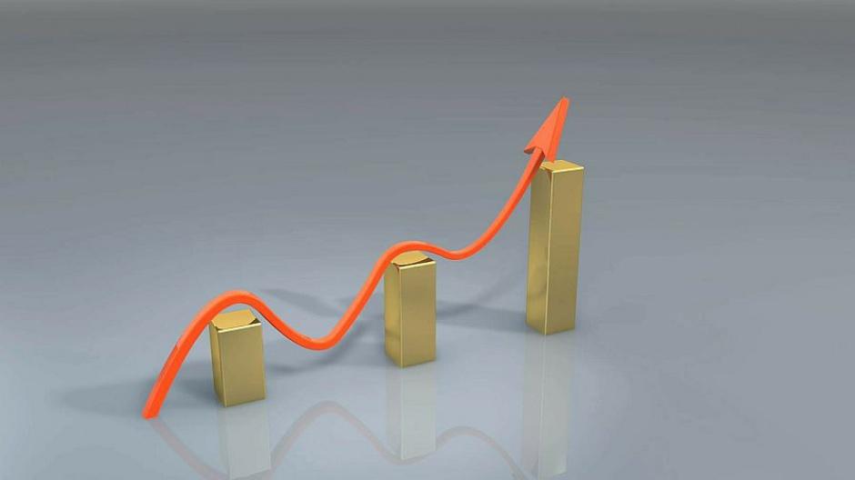 GUS, przedsiębiorstwa: Zatrudnienie i wynagrodzenie w lutym 2016 r. w górę