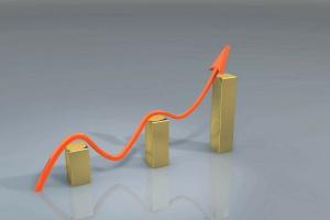 Zatrudnienie i wynagrodzenia w poszły górę