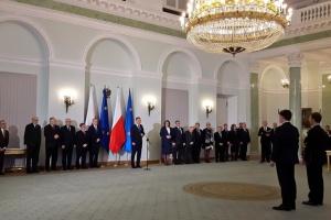 Kadrowe rewolucje w Kancelarii Prezydenta. Zwolniono nawet człowiek Kaczyńskiego