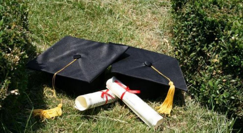 Dyplom zagranicznej uczelni ułatwia start na rynku pracy. Także w Polsce