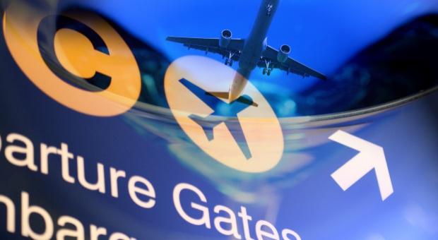 Strajk kontrolerów na paryskich lotniskach