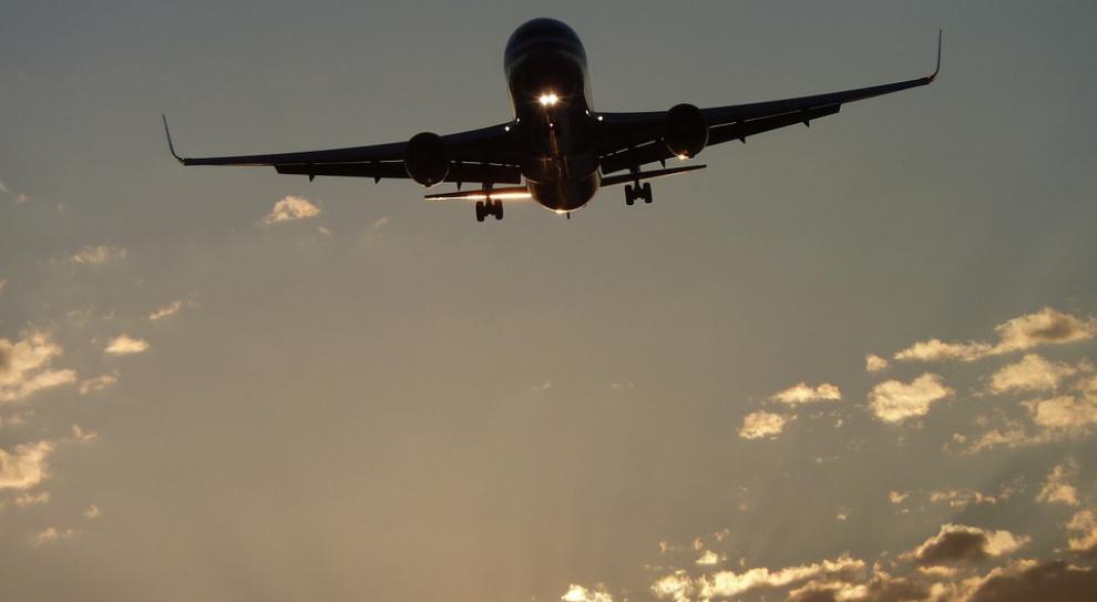 Francja: Drugi dzień strajku kontrolerów lotniczych przeciwko spadkowi zatrudnienia