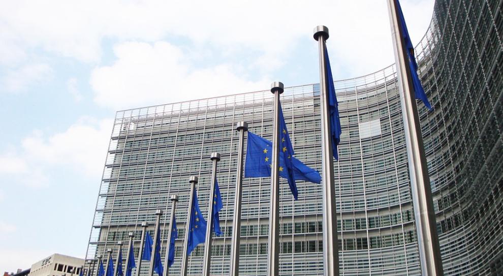 Wybuchy w Brukseli: KE kazała pracownikom pozostać w budynkach