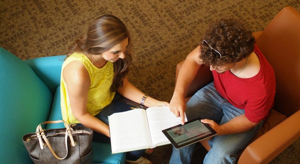Młodzi Polacy: Bezrobotni i bierni zawodowo