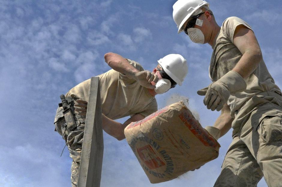 Wiosna przyniesie nowe miejsca pracy, głównie w budowlance