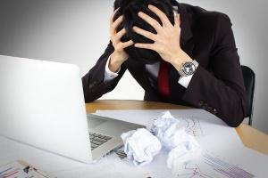 Przedsiębiorcy tracą 3,5 godziny dziennie przez niejasne przepisy