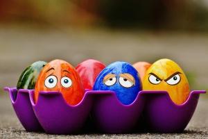 Firmowe spotkania świąteczne: Wigilijka tak, firmowe jajeczko nie
