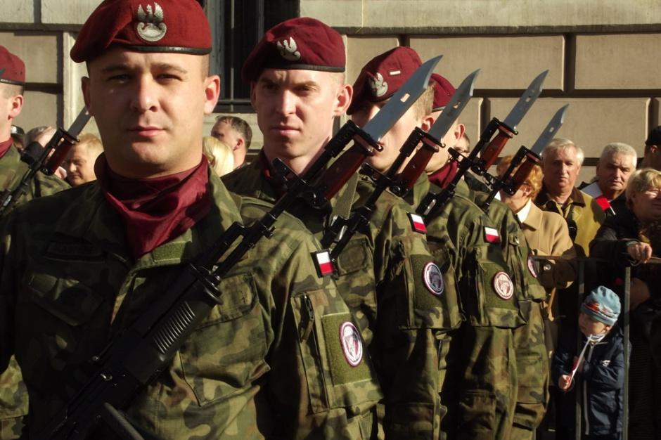 Znika 12-letni limit służby wojskowej dla zawodowych żołnierzy