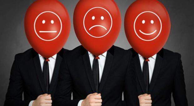 Informatycy, dyrektorzy, lekarze czy fryzjerzy: Kto jest najbardziej zadowolony z pracy?