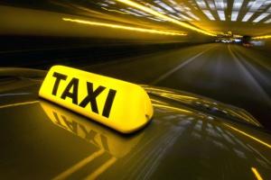 Uber zabiera pracę taksówkarzom?