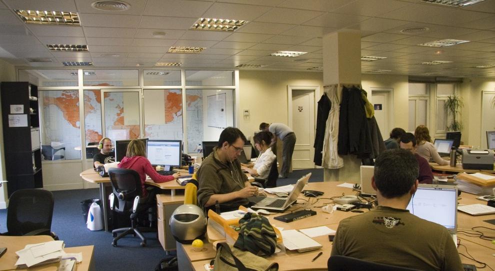 Ile zarabia lider biura, a ile jego kierownik?