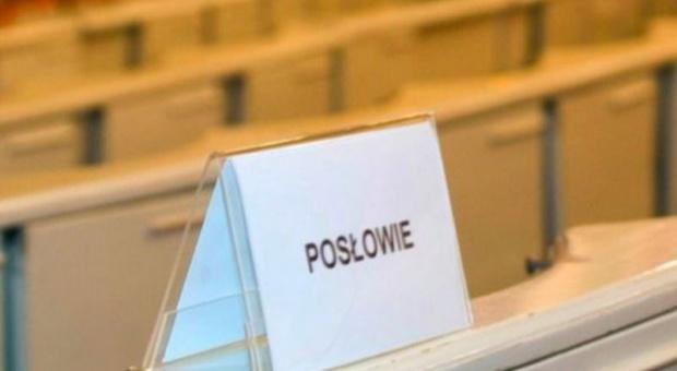 Ustawa dot. ochrony miejsc pracy: Komisja poparła projektem noweli