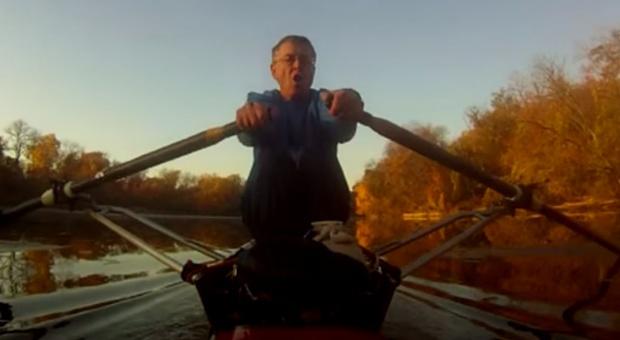 Amerykanin znalazł sposób na korki. Dociera do pracy... łódką