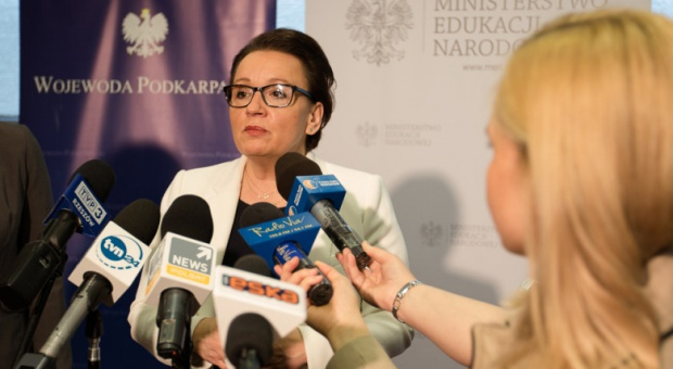 """Szkolnictwo zawodowe: Koniec """"zawodówek"""". Zmiany rozpoczną się w 2017 r."""