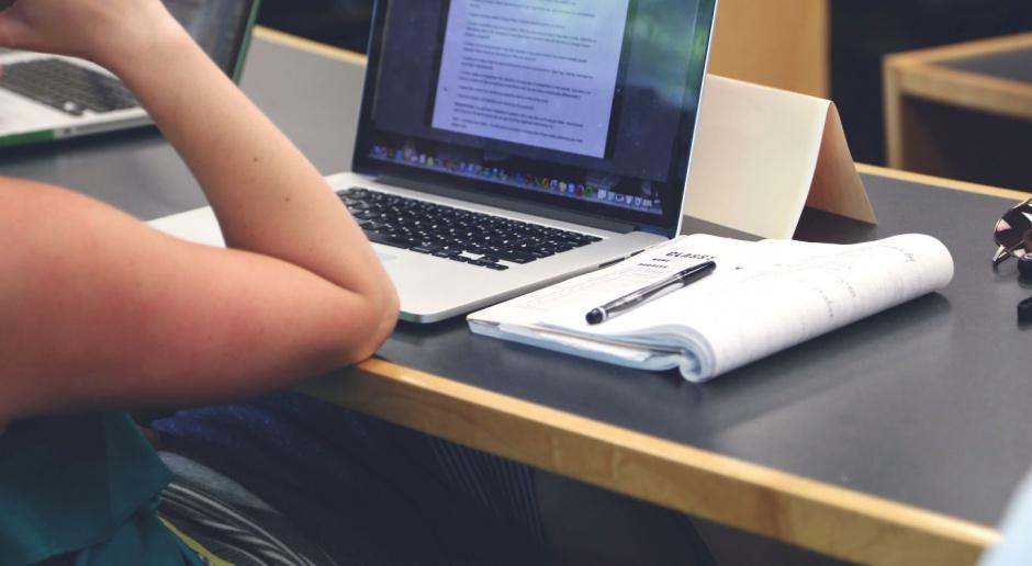 Studenci rezygnują po pierwszym roku