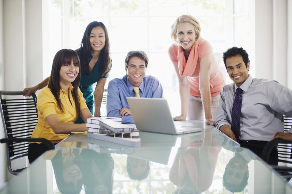 Aż ponad 53 tys. młodych chce zostać szefem Adecco